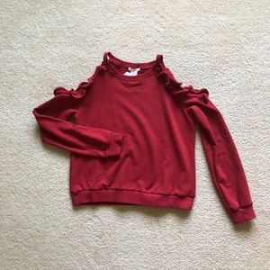 Cold shoulder with ruffle sweatshirt